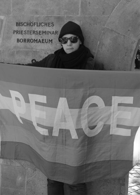 Protest vor dem Tagungsort der Bischofskonferenz, Fotos: Uli Cluse